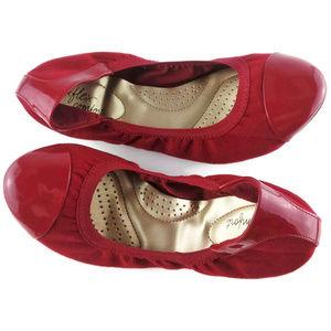 DEX FLEX Comfort Claire Red Ballet Scrunch Flats